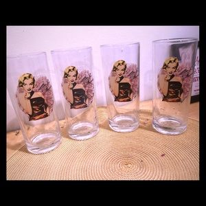 Marilyn Monroe Collins glass set